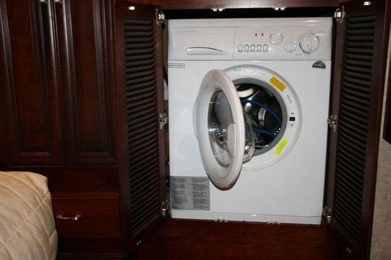 American Motorhomes Cooking & Washing UK