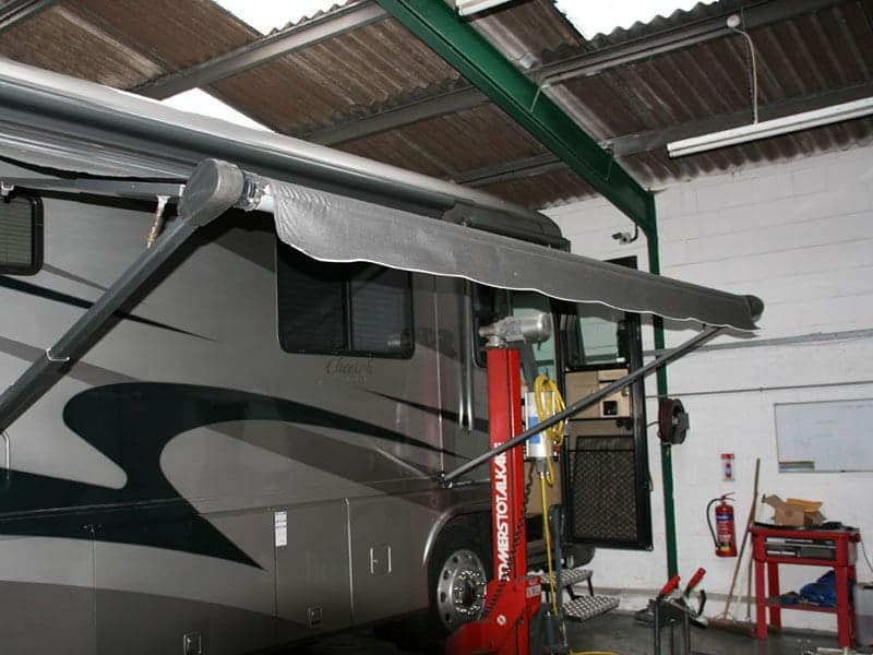 American RV Awning Replacement   LAS Motorhomes