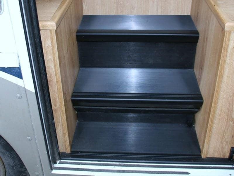 Replacement Carpet or Laminate Flooring gallery item
