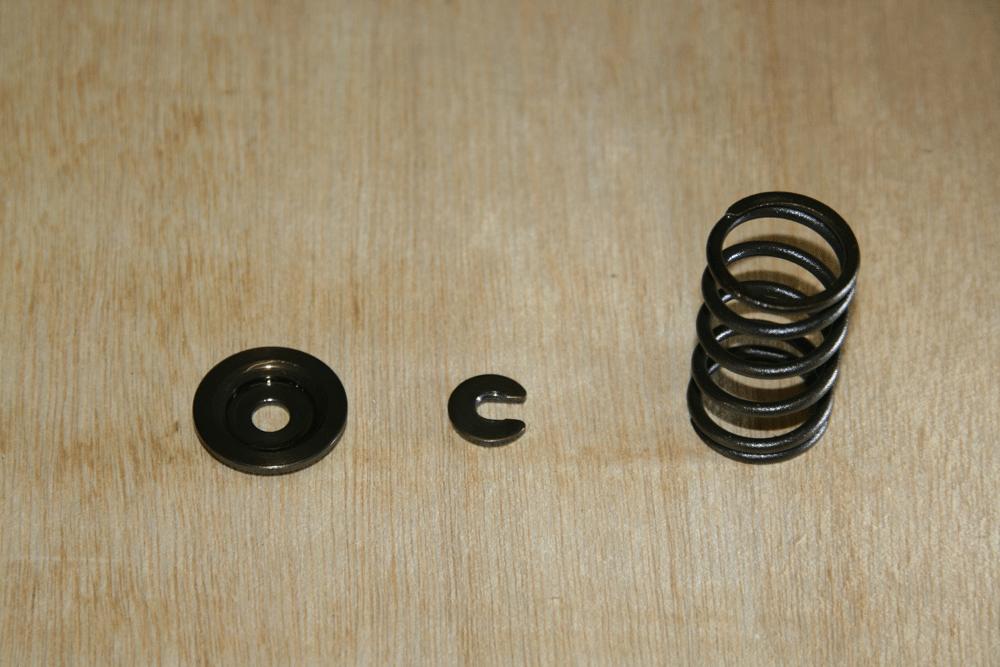 From left: Valve Spring Retainer, Valve Lock & Valve Spring