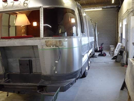 Re-paint Airstream 2 gallery item