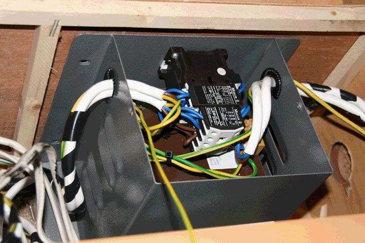 Converting wiring box