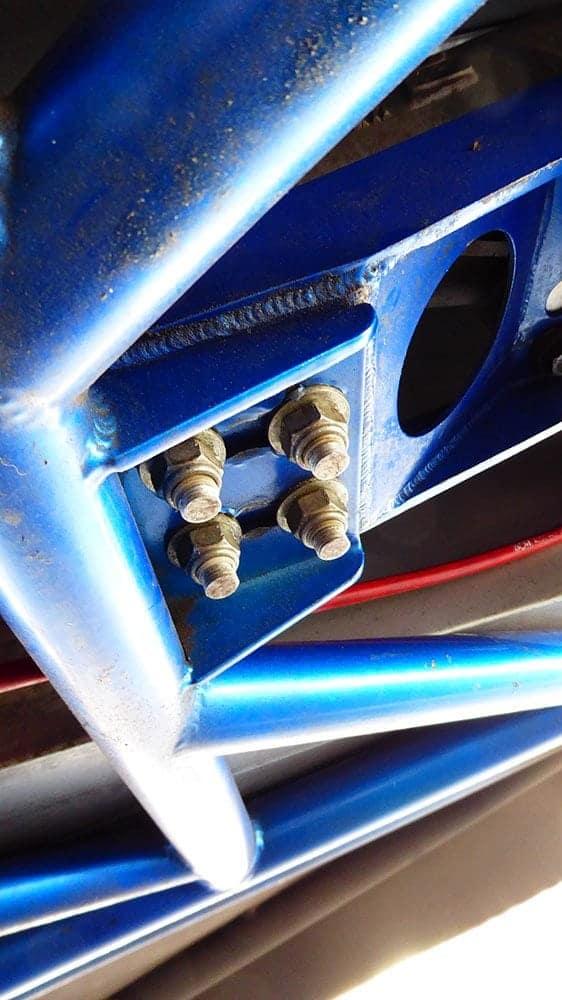 santa pod rigid mounting under the gearbox