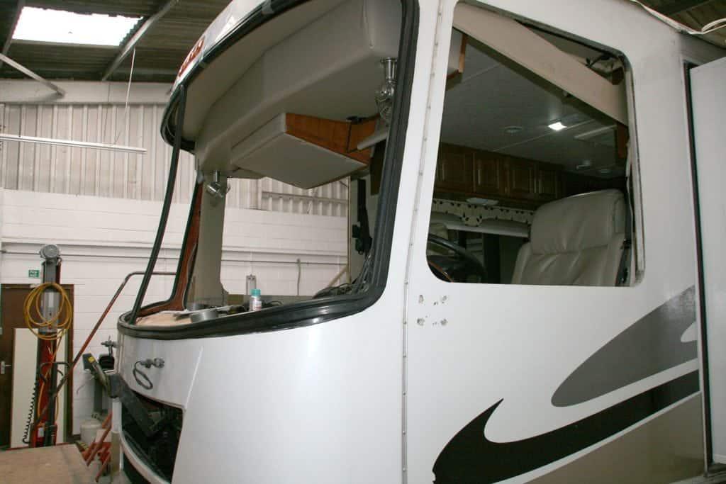 re-fit windscreen