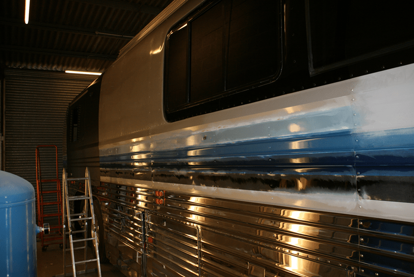 Preparing the outside of the motorhome for wrapping